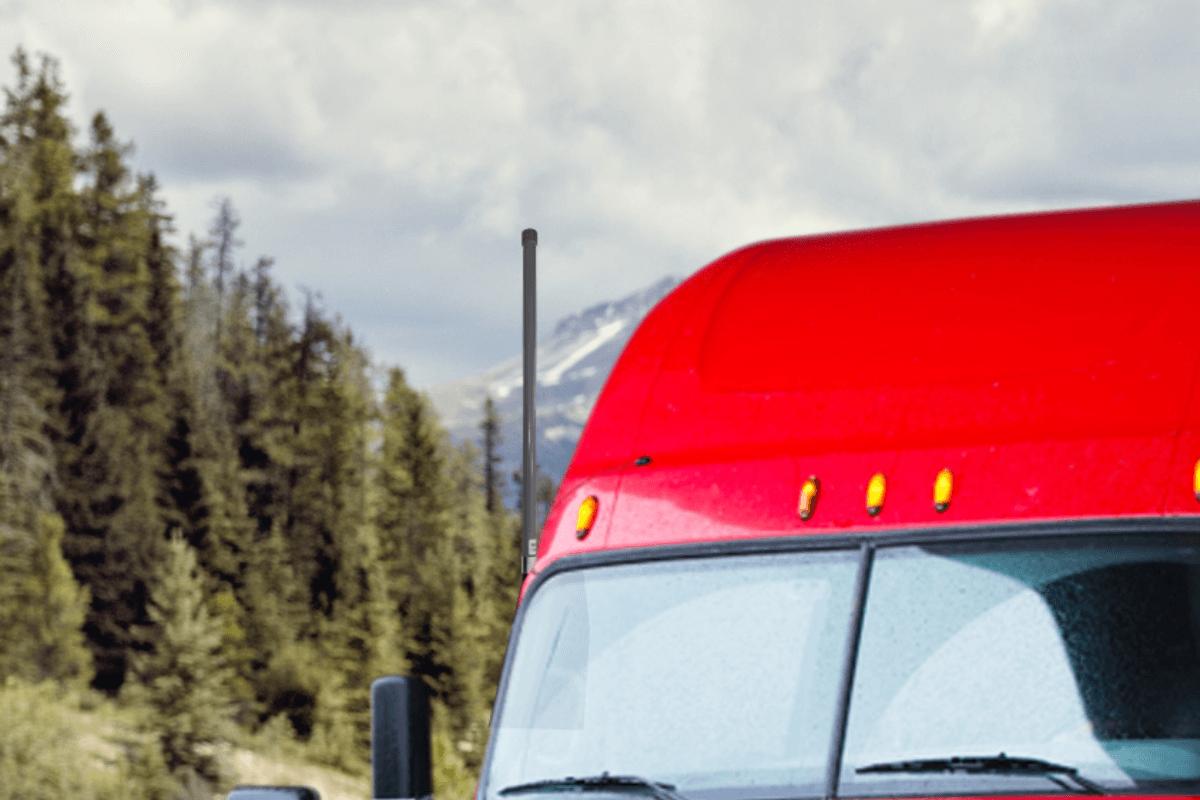 Hiboost Travel 4G 2.0 truck outdoor antenna-background-1200x800